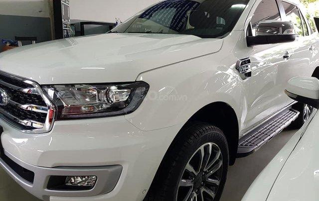 Ford Ranger giảm giá thấp nhất trong năm 2019 cùng quà tặng khủng, bốc thăm trúng thưởng giá trị. ☎️ Dũng - 09089372384