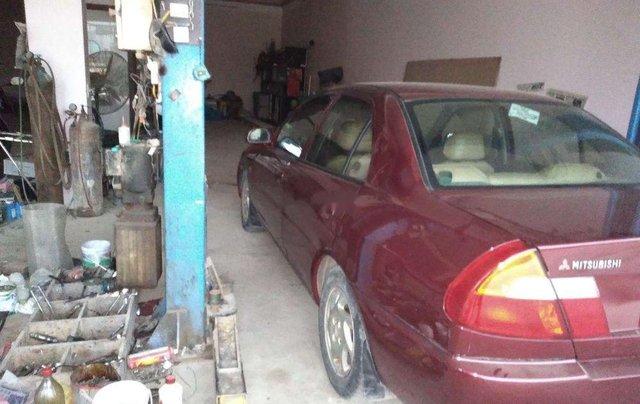 Cần bán lại xe Mitsubishi Lancer sản xuất 2001, màu đỏ, xe nhập3