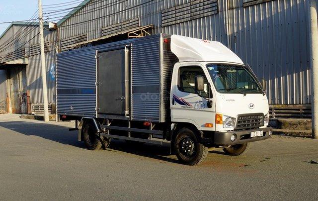 Bán xe Hyundai Mighty sx 2017 4M3, tải trọng 2T4, giá rẻ có sẵn, ưu đãi khủng tháng 82