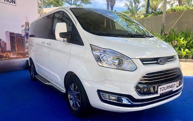 Ford Tourneo 2019 sắp ra mắt Việt Nam16