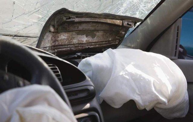 Audi A4, A5 và S5 triệu hồi do lỗi cảm biến túi khí