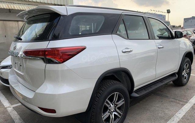 Toyota Fortuner 2019 máy dầu - mừng lễ quốc khánh 2/9 khuyến mãi cực lớn - trả 320 triệu nhận xe - LH 0901.92.33.998