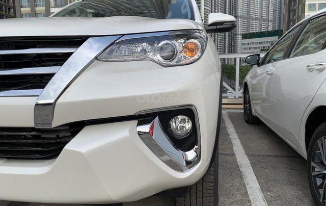 Toyota Fortuner 2019 máy dầu - mừng lễ quốc khánh 2/9 khuyến mãi cực lớn - trả 320 triệu nhận xe - LH 0901.92.33.995
