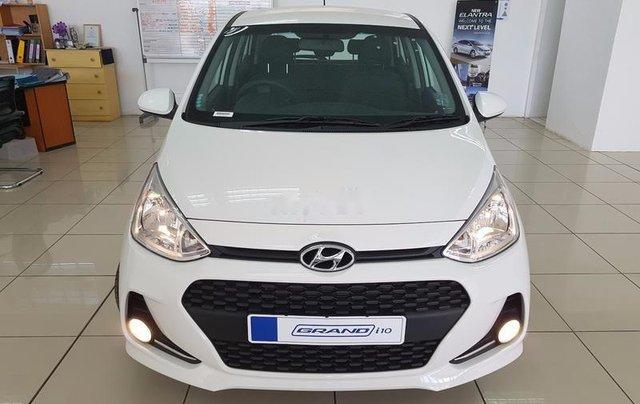 Cần bán Hyundai Grand i10 sản xuất năm 2019, màu trắng0