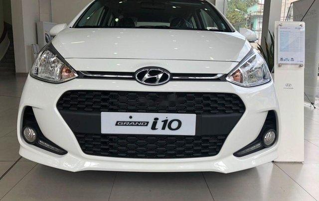 Bán Hyundai Grand i10 2019, màu trắng, 399tr0