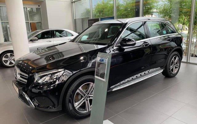 Giá xe Mercedes GLC 200 2019 khuyến mãi, thông số, giá lăn bánh 12/2019 tặng 50% phí trước bạ6