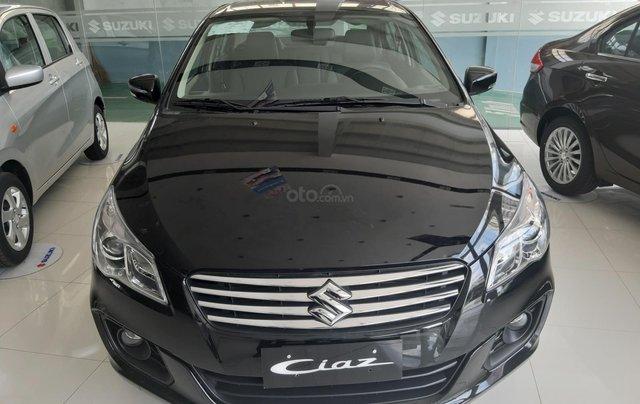 Suzuki Ciaz 2019 giảm giá sốc, hỗ trợ ngân hàng 100% chỉ trả chi phí đăng kí xe, lương chuyển khoản lãi 7.4%/năm2