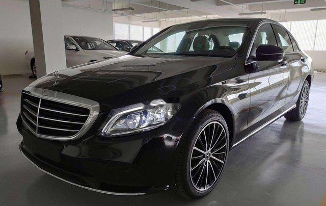 Bán Mercedes C200 Exclusive năm 2019, màu đen, nhập khẩu0
