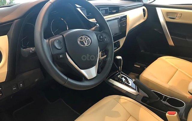 Bán Toyota Corolla altis 1.8G CVT đời 2019, màu bạc3