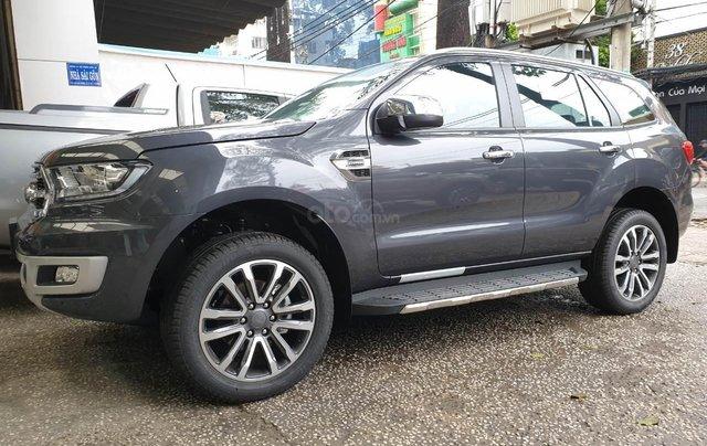 Bán Ford Everest 2019 giá tốt nhất Sài Gòn0