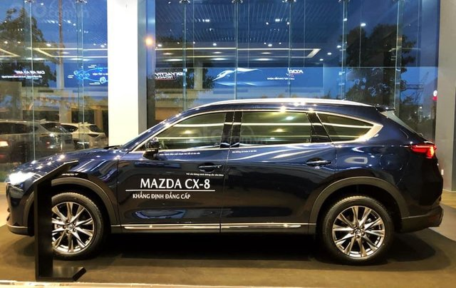 Mazda CX8 - Ưu đãi cực hấp dẫn tháng Ngâu - Hỗ trợ trả góp0