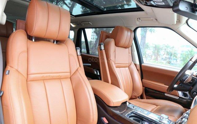 Bán LandRover Range Rover SV Autobiography 5.0 đời 2016, hai màu xám đen6
