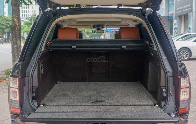 Bán LandRover Range Rover SV Autobiography 5.0 đời 2016, hai màu xám đen18