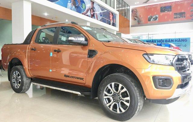 Ford Ranger Wildtrak giảm 45tr tiền mặt, tặng full phụ kiện, tặng nắp thùng. Lh: 09013634660