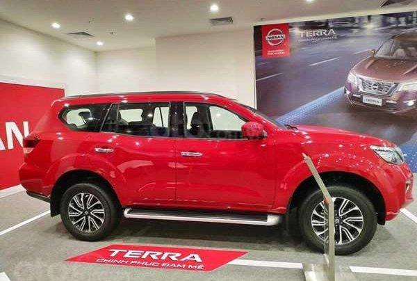 Bán xe Nissan Terra rẻ nhất Hà Nội1
