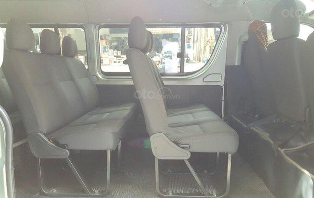 Bán ô tô Toyota Hiace 2011 máy xăng, giá chỉ 298tr, liên hệ Thanh8