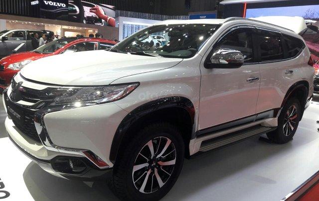 Giá ưu đãi đặc biệt Mitsubishi Pajero 2.4 MT 2019, gía dưới 888 tr2