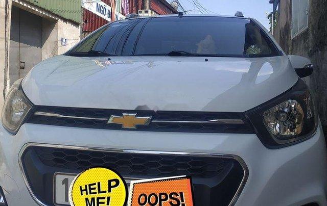 Chính chủ bán Chevrolet Spark năm 2018, màu trắng0
