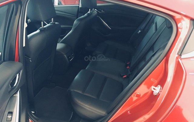 Mazda 3 1.5 giá cạnh tranh, siêu ưu đãi mùa ngâu lên đến 70tr5