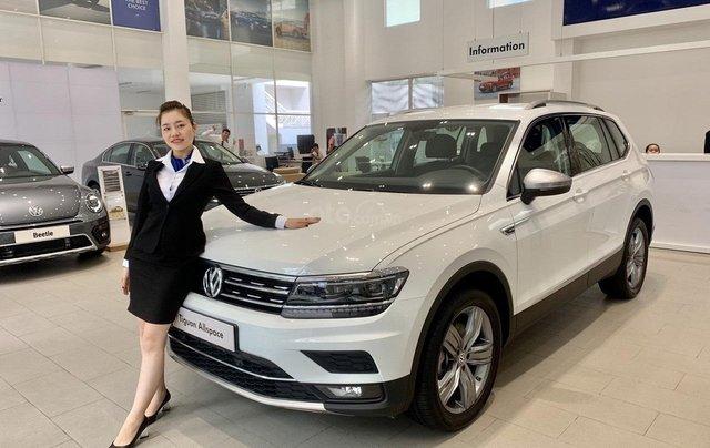 Volkswagen Tiguan Allspace 7 chỗ màu trắng, ưu đãi cực tốt giao ngay0