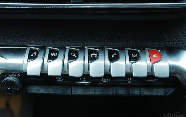 """Peugeot 3008 all new đủ màu """" Đặc biệt có màu đỏ và xanh mới"""" giao xe ngay, hỗ trợ ngân hàng, tư vấn lái thử tận nhà9"""