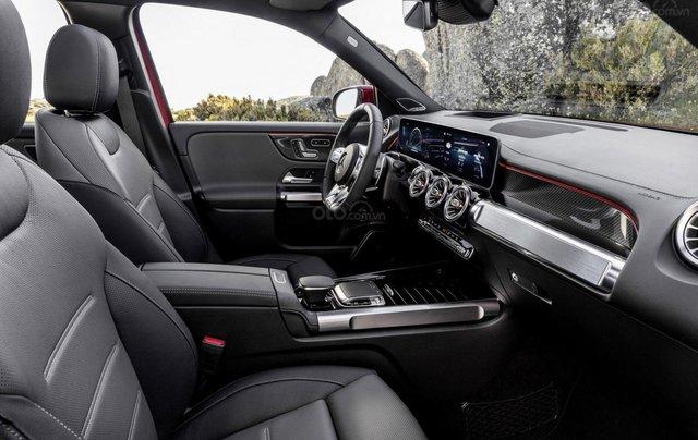 Tiếp nối GLE Coupe, Mercedes-AMG GLB 35 2020 ra mắt với động cơ 302 mã lực1