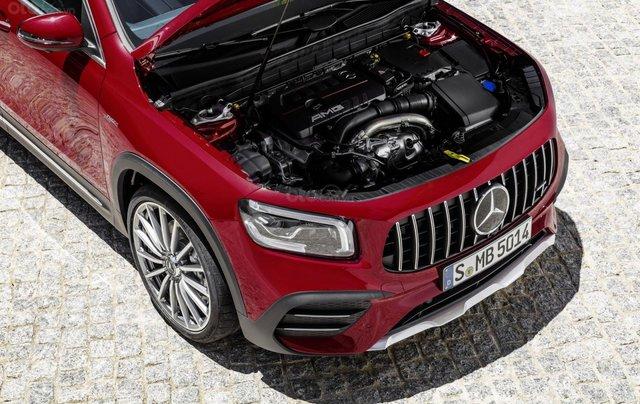 Tiếp nối GLE Coupe, Mercedes-AMG GLB 35 2020 ra mắt với động cơ 302 mã lực4