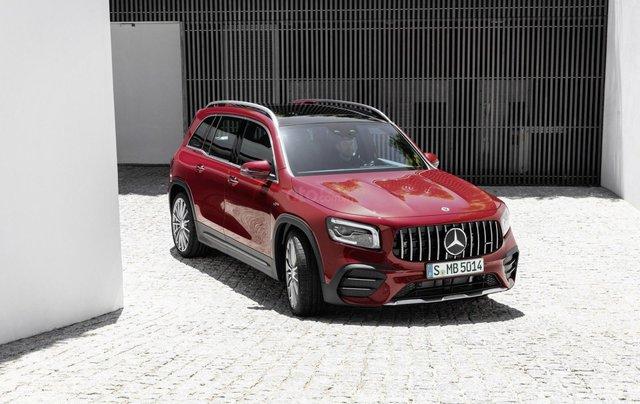 Tiếp nối GLE Coupe, Mercedes-AMG GLB 35 2020 ra mắt với động cơ 302 mã lực5