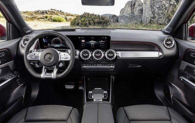 Tiếp nối GLE Coupe, Mercedes-AMG GLB 35 2020 ra mắt với động cơ 302 mã lực12