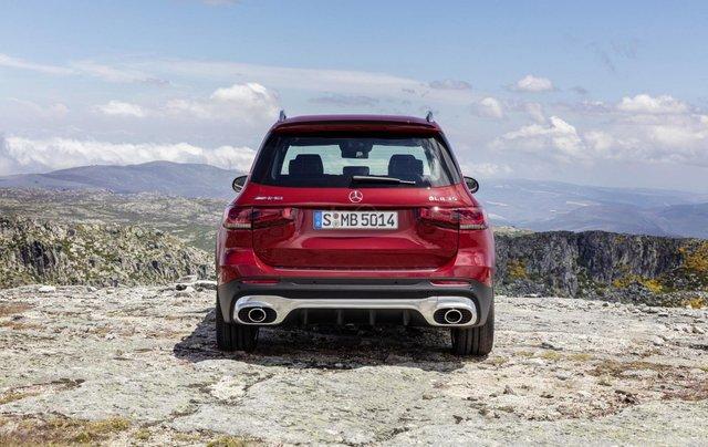 Tiếp nối GLE Coupe, Mercedes-AMG GLB 35 2020 ra mắt với động cơ 302 mã lực22