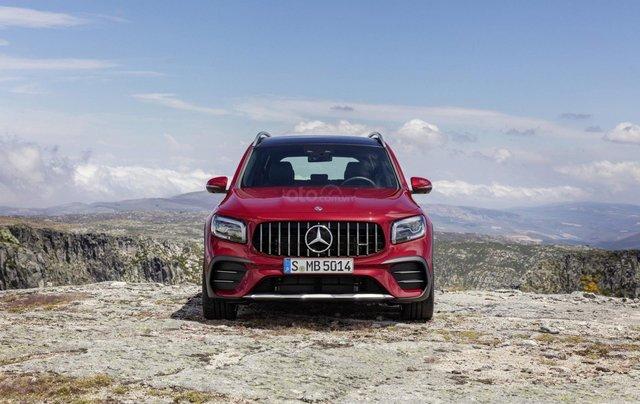 Tiếp nối GLE Coupe, Mercedes-AMG GLB 35 2020 ra mắt với động cơ 302 mã lực23
