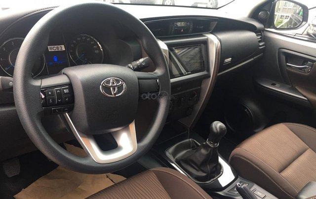 Bán Toyota Fortuner máy dầu, số sàn, khuyến mãi tốt tháng 9, LH: 090 145 09073