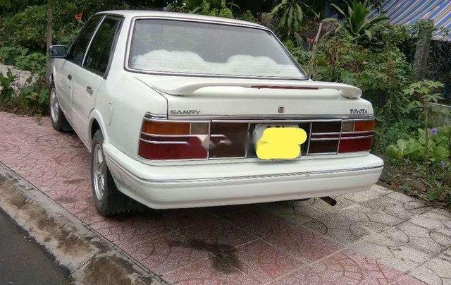 Bán Toyota Camry đời 1995, màu trắng, xe nhập, giá chỉ 57 triệu2