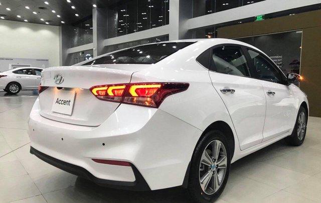 Hyundai Accent 1.4AT đặc biệt sản xuất 2019, màu trắng, xe giao ngay2