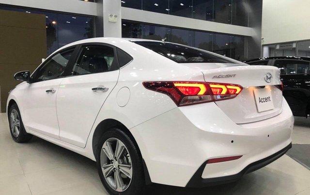 Hyundai Accent 1.4AT đặc biệt sản xuất 2019, màu trắng, xe giao ngay4