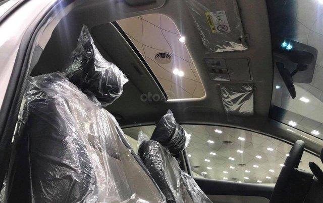 Hyundai Accent 1.4AT đặc biệt sản xuất 2019, màu trắng, xe giao ngay5