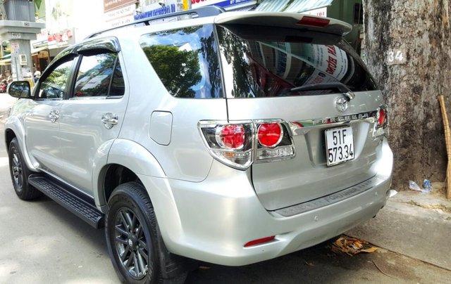 Bán Toyota Fortuner 2.7 máy xăng, đời 2015, mới 98%, ngay chủ đứng tên. LH 0917174050 Thanh3