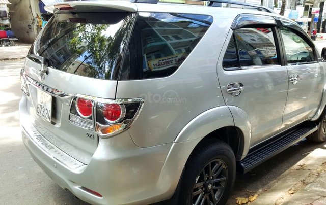 Bán Toyota Fortuner 2.7 máy xăng, đời 2015, mới 98%, ngay chủ đứng tên. LH 0917174050 Thanh4