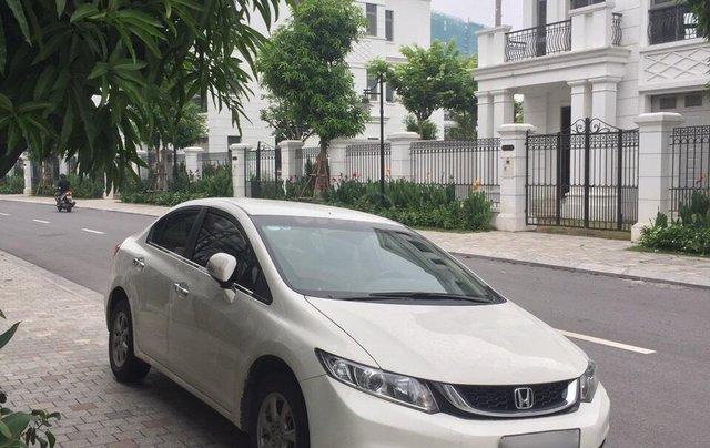 Cần bán Honda Civic sản xuất 2015, màu trắng1