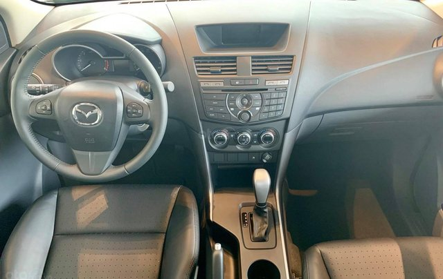 Mazda BT-50 ưu đãi tốt nhất, trả trước 170 triệu9