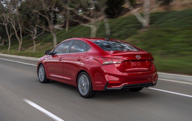 Bán xe Hyundai Accent 1.4 MT sản xuất năm 2019, màu đỏ, giá 430tr3