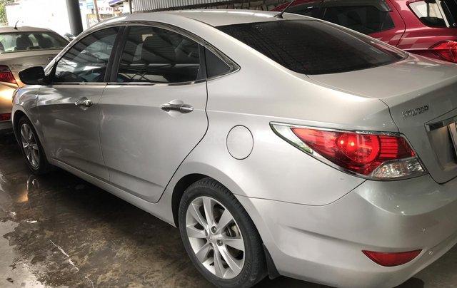Bán Hyundai Accent 1.4AT màu bạc số tự động, nhập Hàn Quốc 2012, biển Đồng Nai, đi 41000km0