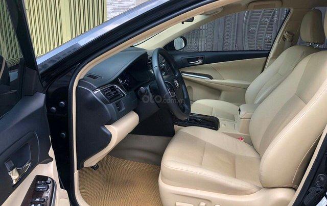 Bán ô tô Toyota Camry 2.0 E năm sản xuất 2018, màu đen3