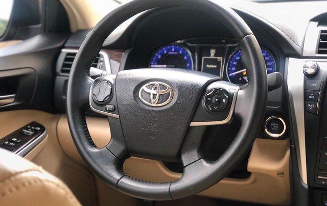 Bán ô tô Toyota Camry 2.0 E năm sản xuất 2018, màu đen2
