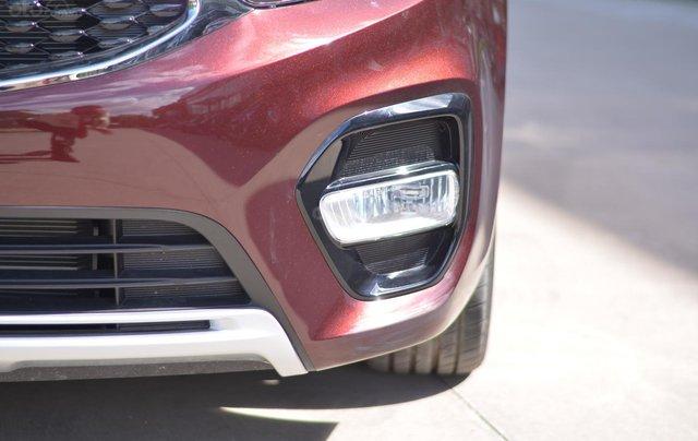 Kia Rondo MT, giá chỉ 580 triệu, hỗ trợ trả góp 80%, giao xe ngay2