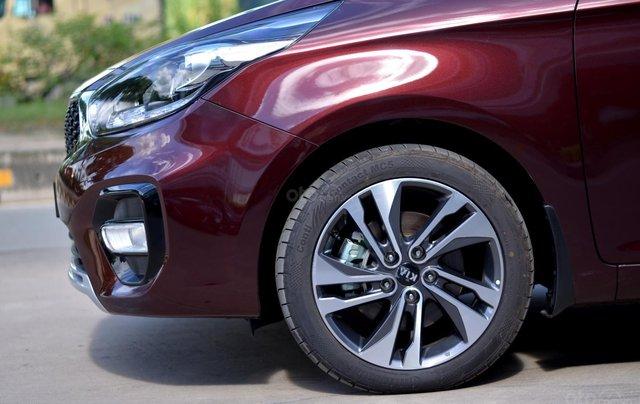 Kia Rondo MT, giá chỉ 580 triệu, hỗ trợ trả góp 80%, giao xe ngay3