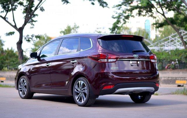 Kia Rondo MT, giá chỉ 580 triệu, hỗ trợ trả góp 80%, giao xe ngay4