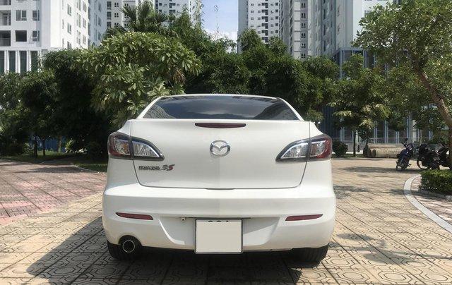 Bán xe Mazda 3 1.6 năm sản xuất 2014, màu trắng, giá tốt0