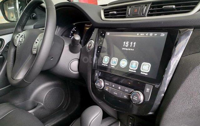 Nissan Xtrail 2.5 Luxury, giảm ngay 80tr tiền mặt & phụ kiện, màu trắng/oliu, LH 0909.914.9193