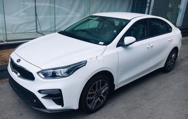 Cần bán Kia Cerato Standard MT năm sản xuất 2019, giao nhanh toàn quốc0